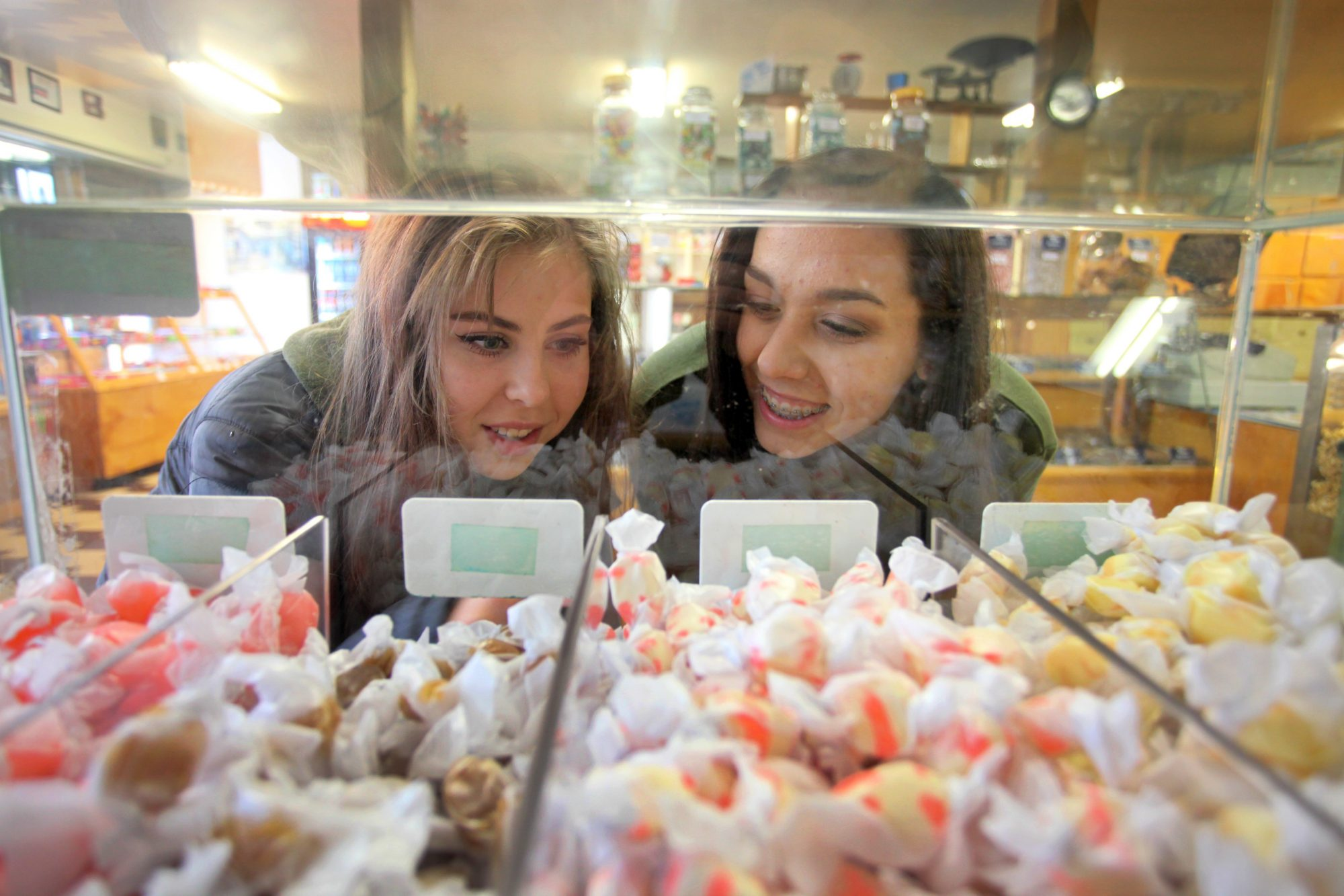Taffy Shopping at Phillips Candies